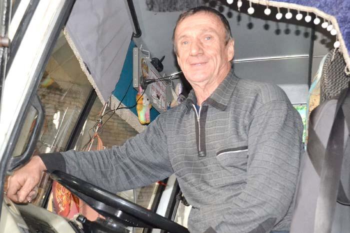 Самым опытным водителем ООО «Перевозчик-М» является Алексей Алексеевич АКСЕНОВ. Его водительский стаж – 51 год