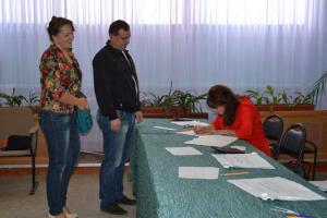 Супруги Санаевы выполнили гражданский долг, придя на избирательный участок №4 в Ардатове и проголосовав за кандидатов